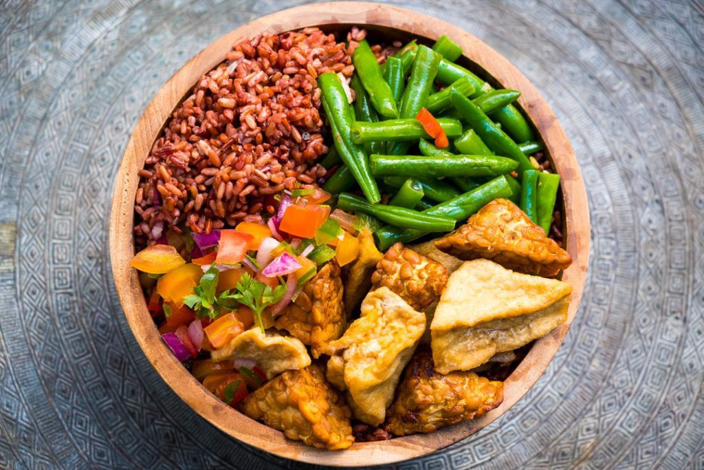 Yummy bowl of fresh healthy food at our Bali wellbeing retreat Bliss Sanctuary For Women