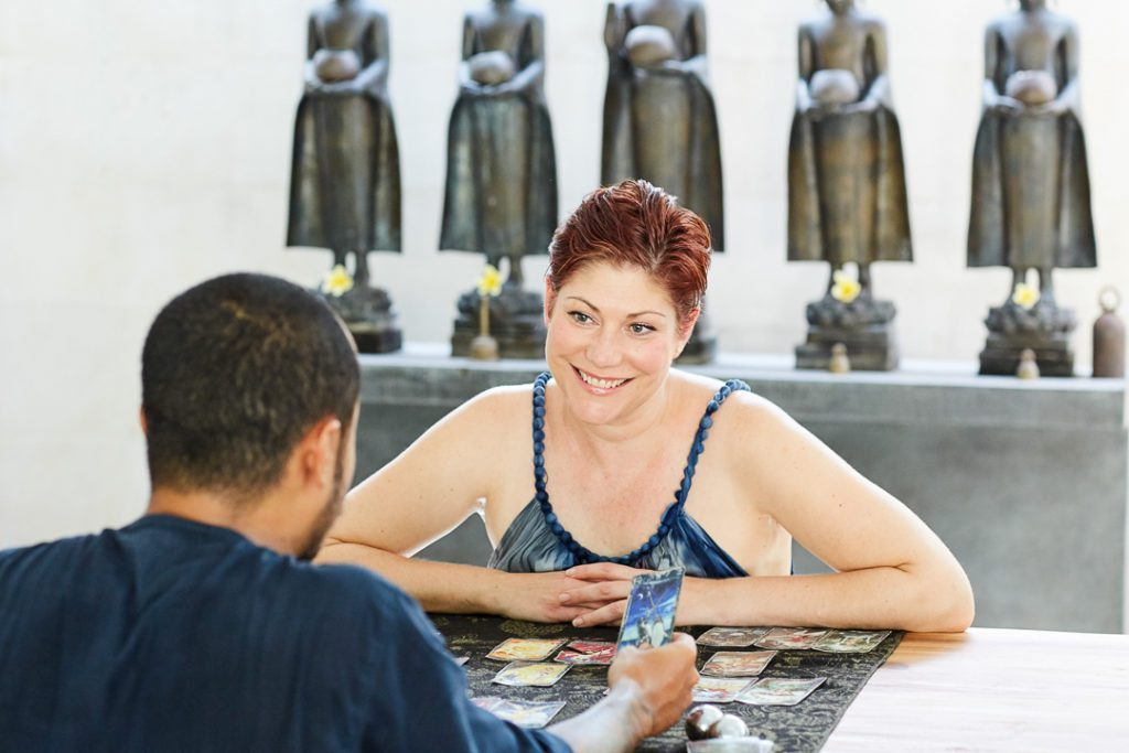 Guest having treatment with Erlangga Patria, who is an amazing spiritual counselor who uses intuitive psychology, tarot and empathic spirituality and is available to visit our guests at Bliss Sanctuary for Women