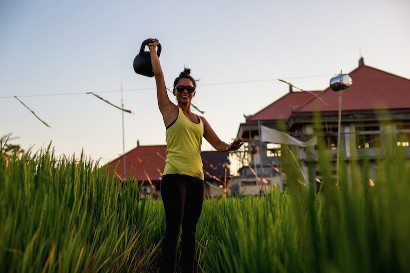 Women working out in Bali surrounds with the Bliss Active Package or Crossfit Bliss Package
