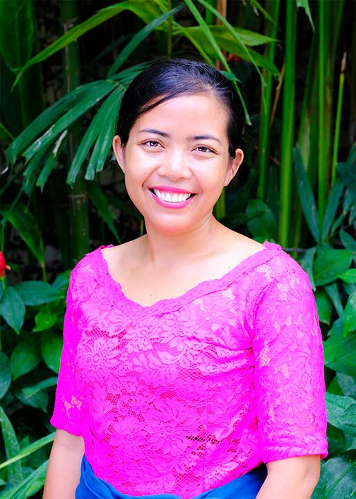Our people: Mega leads our beautiful massage team at our Bliss Bali Wellbeing Retreats for Women