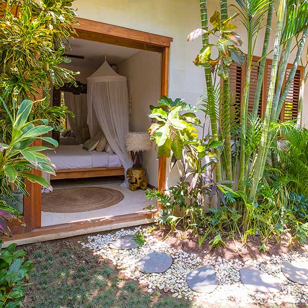 Beautiful lush green garden entrance to luxury bedroom, Bliss Retreat Room, Bliss Sanctuary For Women, Canggu